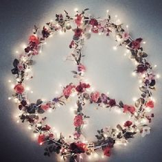Peace love fairy lights DIY. Hula hoop and straightened coat hangers? *this comment is from tori head and has no scientific proof sooooooo try at your own risk I only rejoined the pretty picture*
