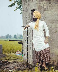 Poo Kurta Pajama Punjabi, Punjabi Suits, Suit Accessories, Boy Poses, Poses For Photos, Fashion Suits, Photoshoot Ideas, Cinematography, Mens Suits
