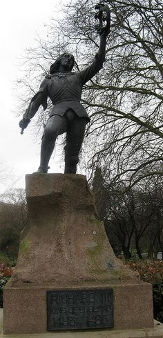Statue of Richard III, last Plantagenet king of England. Much maligned by the victorious Tudors, Shakespeare wrote him as crook-backed and treacherous, though no extant records record such a thing. He is also infamously supposed to have ordered the death of his nephews, thereby leaving his path to the throne clear after his brother, Edward's death. As of September '12 a dig is in progress in Leicester, to attempt to find his grave.