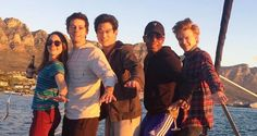 Dylan O'Brien with his sister and The Maze Runner cast in Cape Town recently