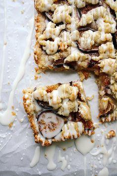 Honey-Drizzled Vanilla Bean & Fig Shortbread