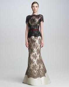 Carolina Herrera — Colorblock Lace Gown