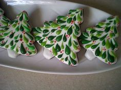 Excellent Christmas Tree Cookies from Daily Cookie (facebook.com/dailycookie)
