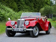 MG TF 1955 Vintage Cars, Antique Cars, Lux Cars, Cars Uk, British Sports Cars, Cabriolet, Collector Cars, Car And Driver, Sport Cars