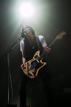Brian Molko of Placebo - That guitar thing <3