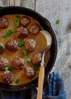Kjøttkaker i brun saus på 1,2,3