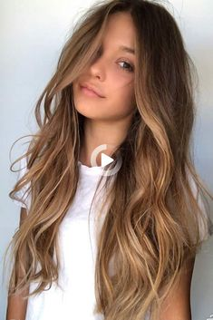Trendy Hair Color Picture DescriptionBeach Waves For Long Highlighted Hair ❤ Balayage Is The Hottest New Hair Trend! Here we have collected our favorite balayage hairstyles. Now, you will learn how to get it so that it is absolutely best for you! Brown Hair Balayage, Brown Hair With Highlights, Brown Blonde Hair, Hair Color Balayage, Balayage Hairstyle, Balayage Hair Brunette Caramel, Honey Balayage, Caramel Hair With Brown, Balayage Bob
