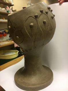 Coil techniqe ceramic. Upsidedown amfora inspired.