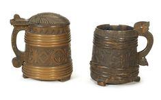 A Scandinavian carved wood tankard (2)