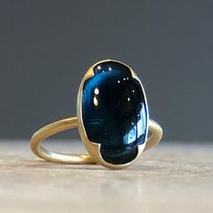 The deepest blue tourmaline ring. Gems Jewelry, Jewelry Art, Silver Jewelry, Vintage Jewelry, Jewelry Accessories, Fashion Jewelry, Jewelry Design, Unique Jewelry, Diy Accessoires