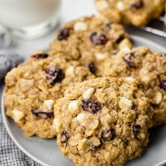 These are the best soft and chewy oatmeal cookies loaded with white chocolate chips, dried cranberries, and old-fashioned rolled oats. Oatmeal Craisin Cookies, Oatmeal Cookie Recipes, Cookie Desserts, Dessert Recipes, White Chocolate Cookies, Chocolate Chip Oatmeal, Christmas Baking, Christmas Cookies, Christmas Stuff