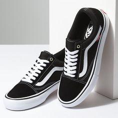 1fb147a38cc 22 Best Shoes and Slides images