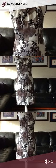 Figure-flattering dress Lovely Dressbarn black/grey/cream sleeveless dress. 97% polyester, 3% spandex, machine wash cold. Good used condition. Dress Barn Dresses