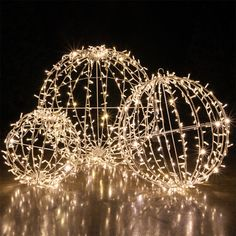 Commercial Mega Sphere Light Ball, Fold Flat, Warm White LED Not merely solemnly, also smart will soon be there for Christmas. Since also the gentle chain is net Diy Christmas Lights, Silver Christmas Decorations, Christmas Balls, Light Decorations, Christmas Diy, Holiday Decor, Christmas Stage Design, Aisle Decorations, Xmas