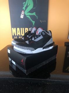 timeless design 4fb71 e8627 Nike Air Jordan Retro 3 Black Cement Og 2018 Size 9.5 VNDS 100% W Box