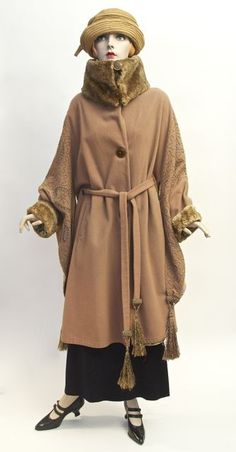 FC0385 Coat, wool with fur collar, silk floss chain stitch embroidery, unlabelled, c. 1921-1922, originally from the Alan Suddon collection, Canadian provenance