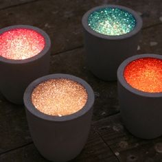 Glitter candle holders, so cute! Black candle holders and paint the inside with a matte color and while wet apply same color glitter. Cement Art, Concrete Crafts, Concrete Art, Concrete Projects, Glitter Candle Holders, Glitter Candles, Diy Candle Holders, Concrete Candle Holders, Sparkles Glitter