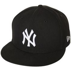 New Era New York Yankees Snapback Cap ($37) ❤ liked on Polyvore featuring men's fashion, men's accessories, men's hats, hats, accessories, black, mens caps, snapback caps, mens wool hat and mens flat caps
