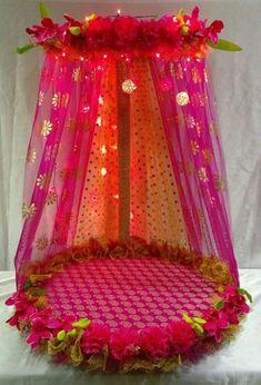 Personalised Mandap decor for Ganesh Chaturthi ✨ For More details Dm: Eco Friendly Ganpati Decoration, Ganpati Decoration Design, Thali Decoration Ideas, Diy Diwali Decorations, Festival Decorations, Gauri Decoration, Decor Ideas, Indian Wedding Gifts, Desi Wedding Decor