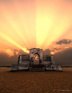 A prominent landmark on this beach is the Karl Schmidt Memorial. The memorial is named after the Dutch sailor who lost his life in the process of saving a drowning swimmer. Elliot's Beach is one of the cleanest beaches in the city of Chennai. Elliot's Beach popularly known as Besant Nagar Beach.