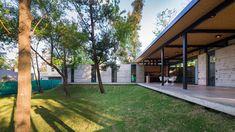 Casa para dos abuelos  / Miguel Angel Viano Arquitecto Arch House, Miguel Angel, South America, 1, Patio, Architecture, Garden, Plants, Home
