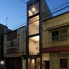 """Into Thin Architecture: House Makes Most of Narrow Lot Through Great """"Software"""" - Architizer. This ultra-compact house is forcing designers to rethink the concept of urban living. Japanese Architecture, Interior Architecture, Tokyo Neighborhoods, Narrow House Designs, Compact House, Modern Tiny House, Building Facade, Japanese House, Tokyo Japan"""