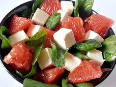 Salata de spanac cu grepefruit si feta Caprese Salad, Fruit Salad, Salad Recipes, Healthy Recipes, Food And Drink, Gluten Free, Vegan, Cooking, Ice Cream