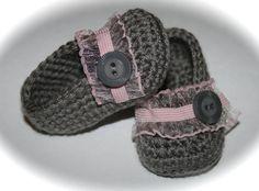 Crochet Baby ballet slipper booties