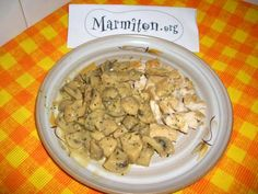 Mushroom and Mustard Chicken. A faire le soir avec du bhoulgour. Mustard Chicken, I Foods, Entrees, Nom Nom, Side Dishes, Cereal, Oatmeal, Protein, Stuffed Mushrooms