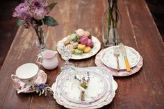 galleries, destinations, vintag china, brides, violet, castles, macaroon, vintage china, destination weddings