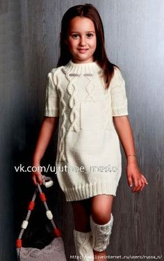 Diy Crafts - Knitting for girls Girls Knitted Dress, Knit Baby Dress, Cable Knit Sweater Dress, Sweater Set, Knitting For Kids, Baby Knitting Patterns, Diy Crafts Dress, Girls White Dress, Sweater Fashion