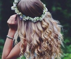boho wedding or prom hairstyle Messy Hairstyles, Pretty Hairstyles, Wedding Hairstyles, Hair Growth Treatment, About Hair, Hair Day, Updo, Hair Goals, Her Hair