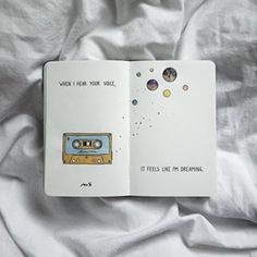 Her Aya Bir Resim Çizen Ana Ye'den Not Defteri İllüstrasyonu Notepad Illustration from Main Ye Who Draws a Picture for Each Month Bullet Journal Quotes, Bullet Journal Ideas Pages, Bullet Journal Inspiration, Art Journal Pages, Art Journaling, Kunstjournal Inspiration, Drawing Journal, Drawing Sketches, Art Drawings