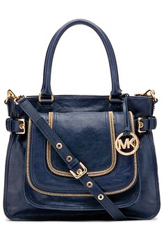 We Mainly Sells #MichaelKorsBags On A Big Discount With Luxury Design & Sophisticated Technology
