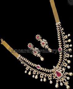 Jewellery Designs: Two Step Spectacular Diamond Set