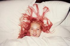 Young Pink Kate - Juergen Teller