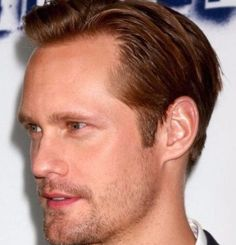 forty five Inspirational Men's Hairstyles for skinny Hair Mens Hairstyles Side Part, Mens Hairstyles Thin Hair, Mens Hairstyles 2018, Straight Hairstyles, Haircuts For Balding Men, Professional Hairstyles For Men, The Quiff, Widow's Peak, Bald Men