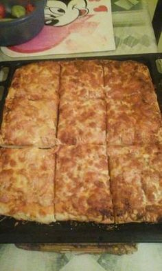 Kenyérlángos (Langalló) Cheese, Recipes, Food, Healthy Nutrition, Kuchen, Recipies, Essen, Meals, Ripped Recipes