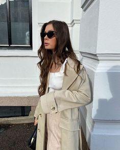 "Sorént Oslo på Instagram: ""🤎"" Oslo, Coat, Jackets, Instagram, Fashion, Down Jackets, Moda, Sewing Coat, Fashion Styles"