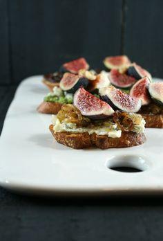 Authentic Suburban Gourmet: Fig Crostini Trifecta | Friday Night Bites