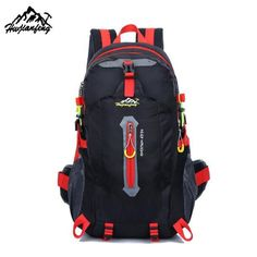 a5b2bfa66fb5 Moumtaneering Hiking Backpack