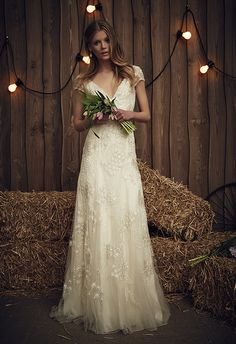 Ideas for vintage wedding dress lace jenny packham Jenny Packham Wedding Dresses, Jenny Packham Bridal, 2017 Bridal, Bridal Gowns, Wedding Gowns, Mod Wedding, Trendy Wedding, Wedding Rustic, Wedding Bridesmaids