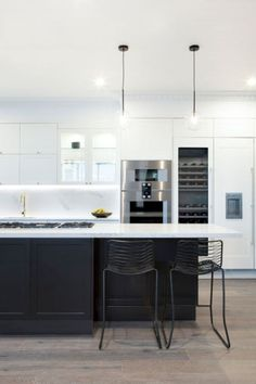 37 Gorgeous Black And White Kitchen Design Home Design White Kitchens BLACK Design Gorgeous Home Kitchen white Home Decor Kitchen, Kitchen Living, Interior Design Kitchen, New Kitchen, Kitchen White, Layout Design, Küchen Design, Design Ideas, Black Kitchens