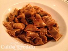 Um restaurante italiano, com a pretensão de servir bons pratos com um custo excelente em São Paulo. Cumpre o que promete!!! Conheça o Ella. Restaurante.
