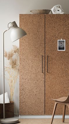 Dress up your storage space with a trendy cork look Ikea Wardrobe Hack, Cork Wall, Deco Studio, Cork Tiles, Minimalist Apartment, Cork Flooring, Room Inspiration, Storage Spaces, Arquitetura