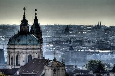 The second pretties European city according to Drungli users is Prague! Places To Travel, Places To See, Prague Photos, Visit Prague, Most Beautiful Cities, Amazing Places, Amazing Art, Cities In Europe, Travel Europe