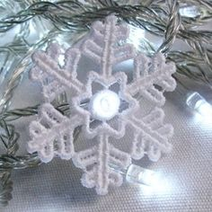 FSL Christmas Snowflake Light 5 - 4x4 | What's New | Machine Embroidery Designs | SWAKembroidery.com Ace Points Embroidery