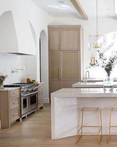 Home Decoration Kitchen .Home Decoration Kitchen Home Decor Kitchen, Interior Design Kitchen, New Kitchen, Home Kitchens, Kitchen Hood Design, White Oak Kitchen, Home Design, Layout Design, Design Ideas