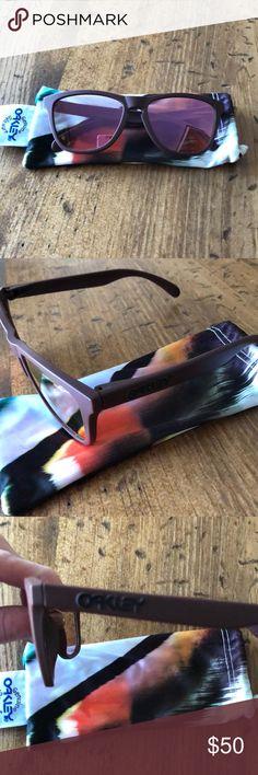 Oakley frogskins sunglasses Oakley. Pink/purple frogskins sunglasses. Good condition Oakley Accessories Sunglasses