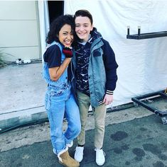 LIZA KOSHY AND NOAH SCHNAPP. MY LIFE IS COMPLETE (oh my god I'm taller than Liza if Noah and I are the same height)